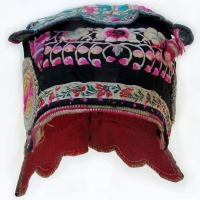 559 Bai Minority Flower Wind Hat with Berries