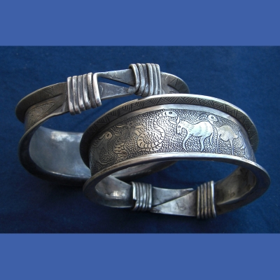 B4 - Large Silver Zodiac Bangle