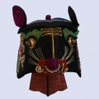 685 Bright-Eyed Silk Embroidered Chinese Tiger Hat